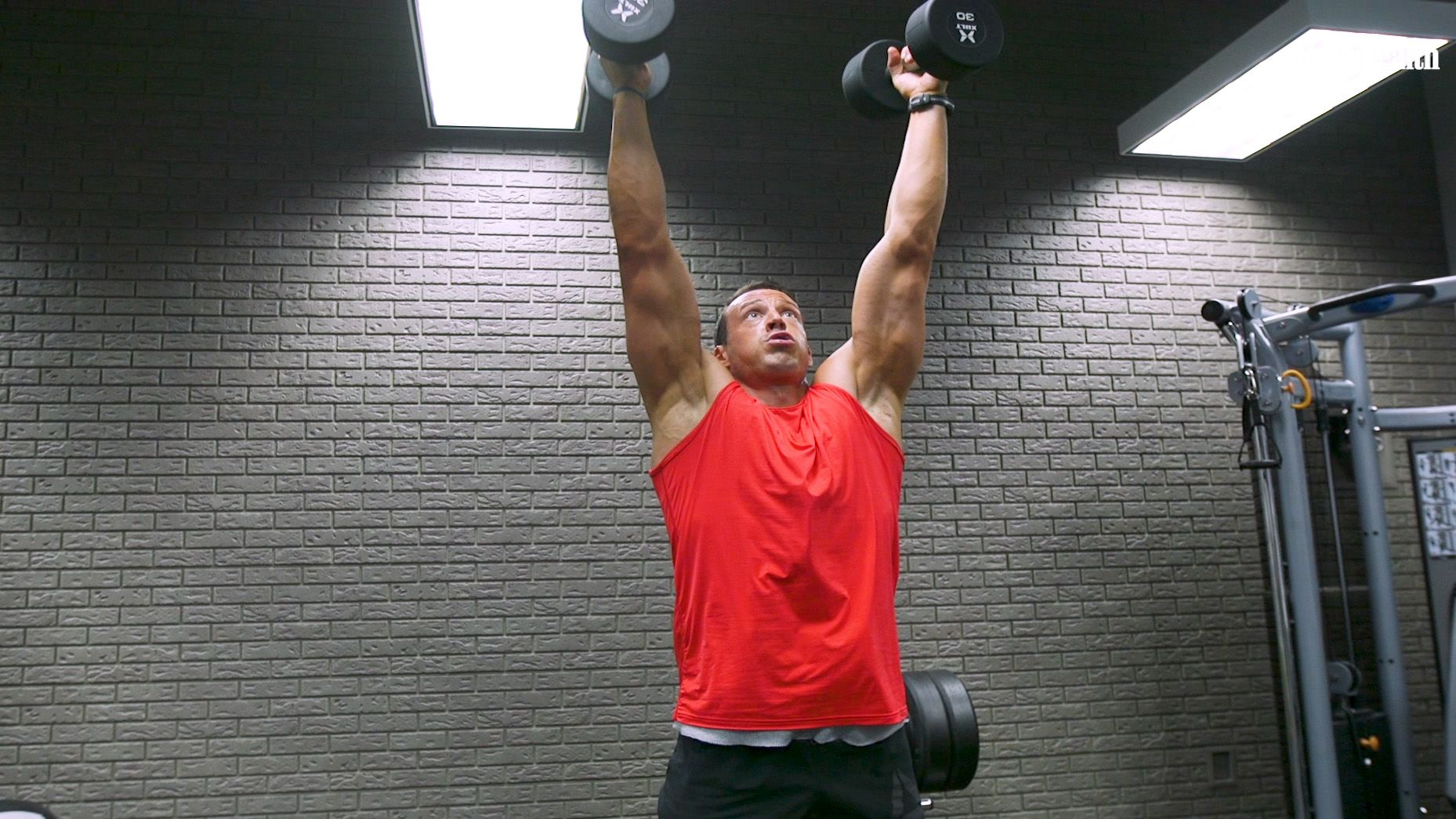Burn Mad Amounts of Fat With the Action Hero Jacked Metcon Circuit