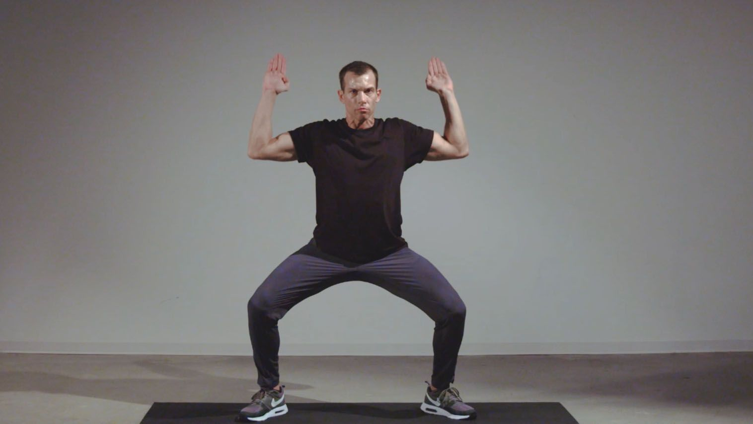 Push Your Upper Body to the Limit with This 20 Minute Circuit