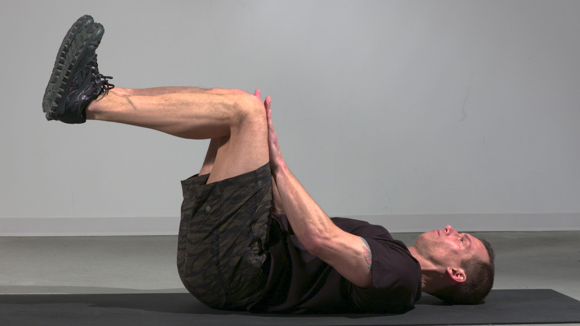 Sculpt Your Abs in Just 20 Minutes with This Bodyweight Circuit