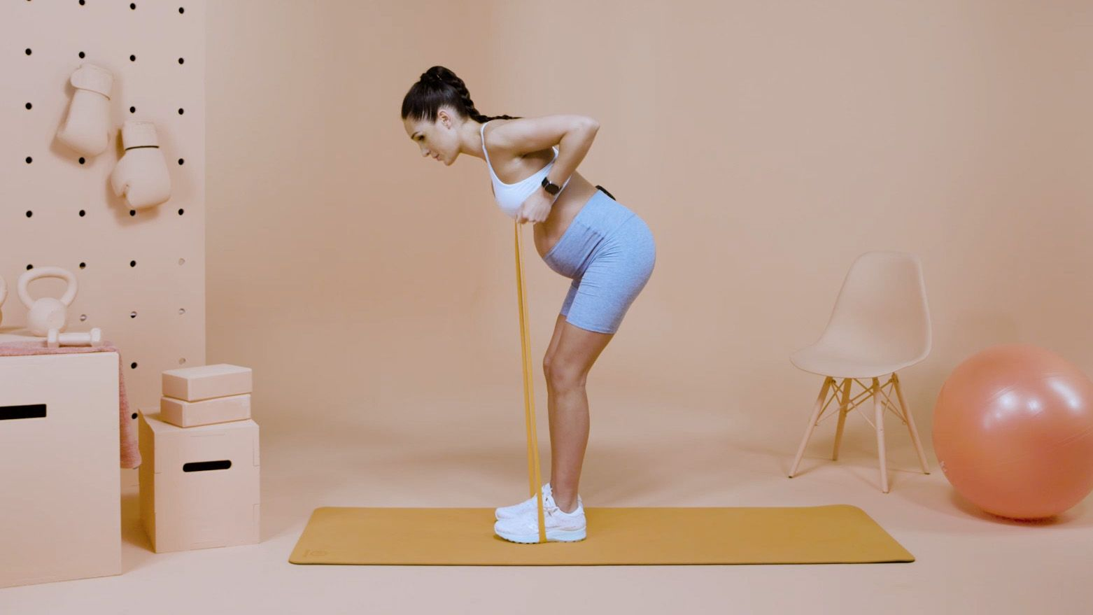 Kayla Itsines Swears By The Mediterranean Diet To Fuel Her Hardcore Workouts