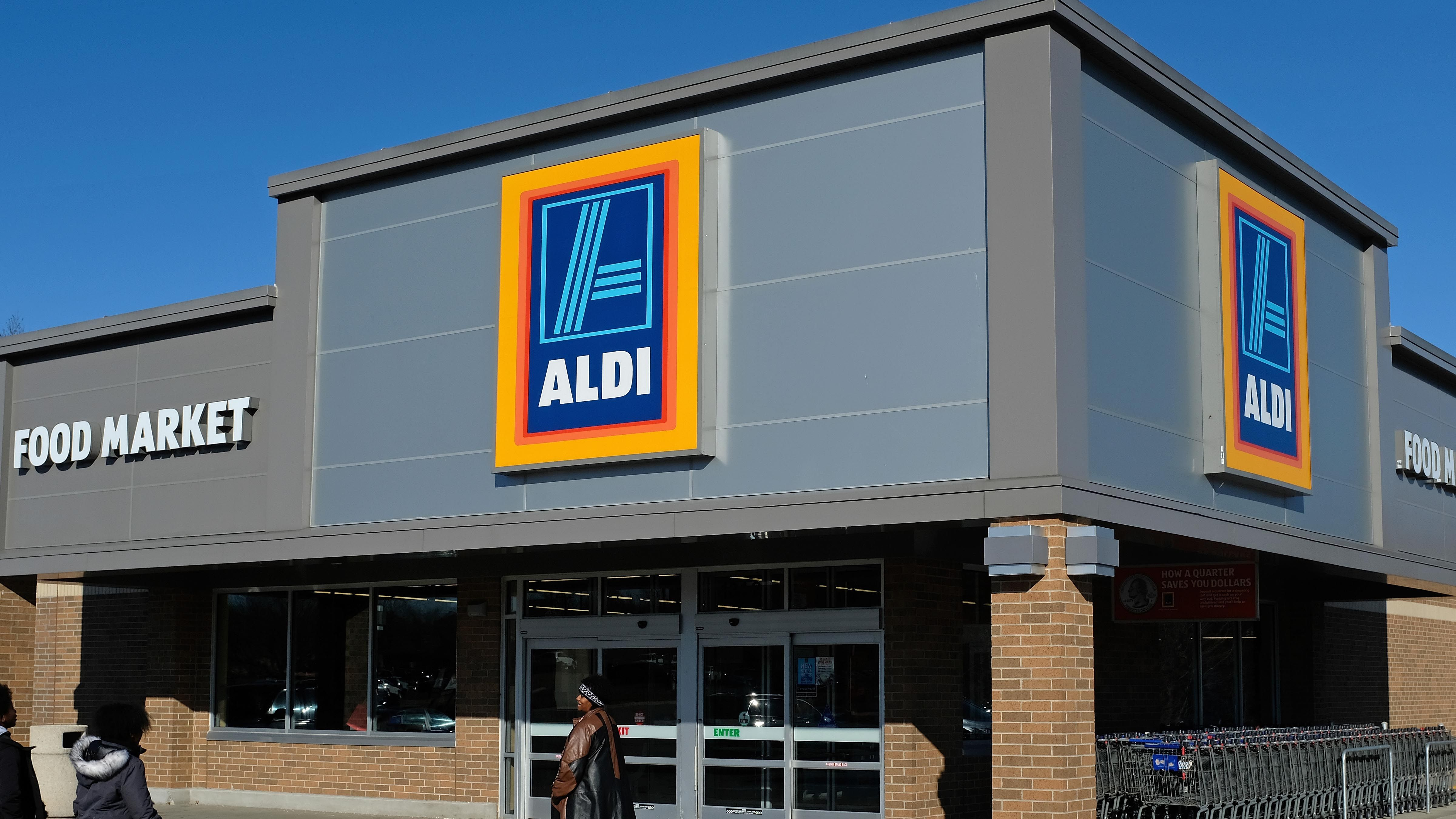A Venomous Snake Was Found In A Bag of Aldi Lettuce