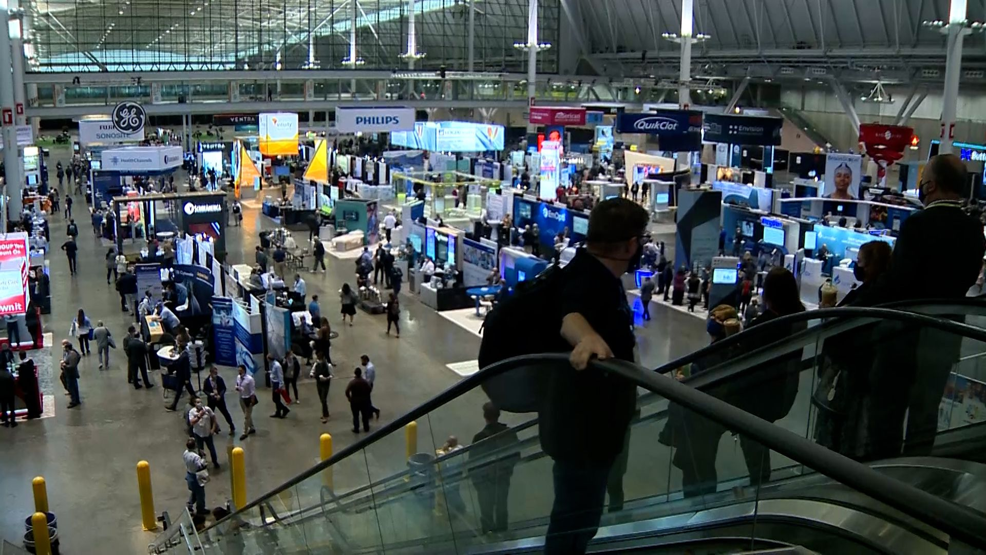 Thousands attend medical conference at Boston Convention & Exhibition Center