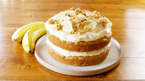 Banana Cake With Cheese Frosting