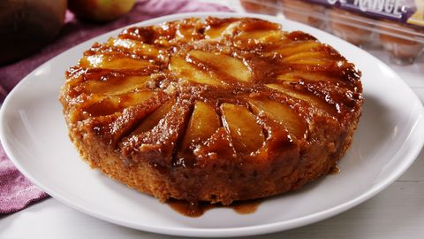 Best Caramel Apple Upside Down Cake Recipe How To Make