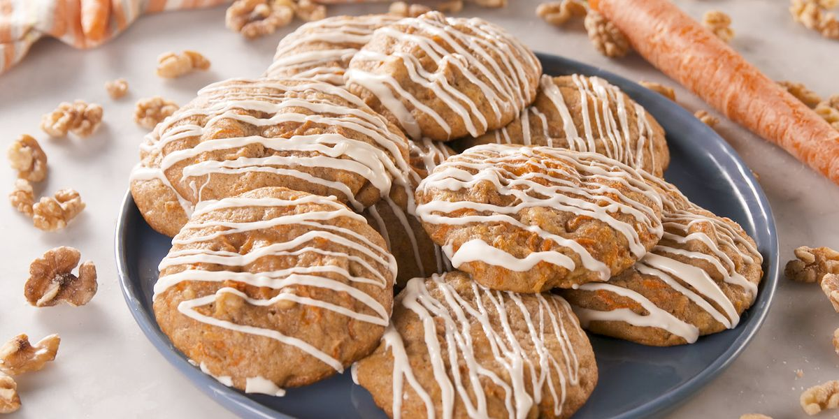 Cheesecake-Stuffed Carrot Cake Cookies Are INSANE