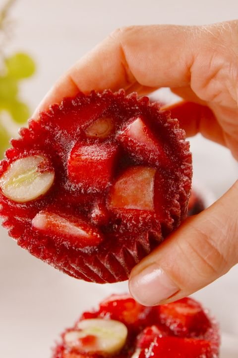 food, fruit, strawberry, hand, plant, strawberries, berry, candied fruit, sweetness, superfruit,