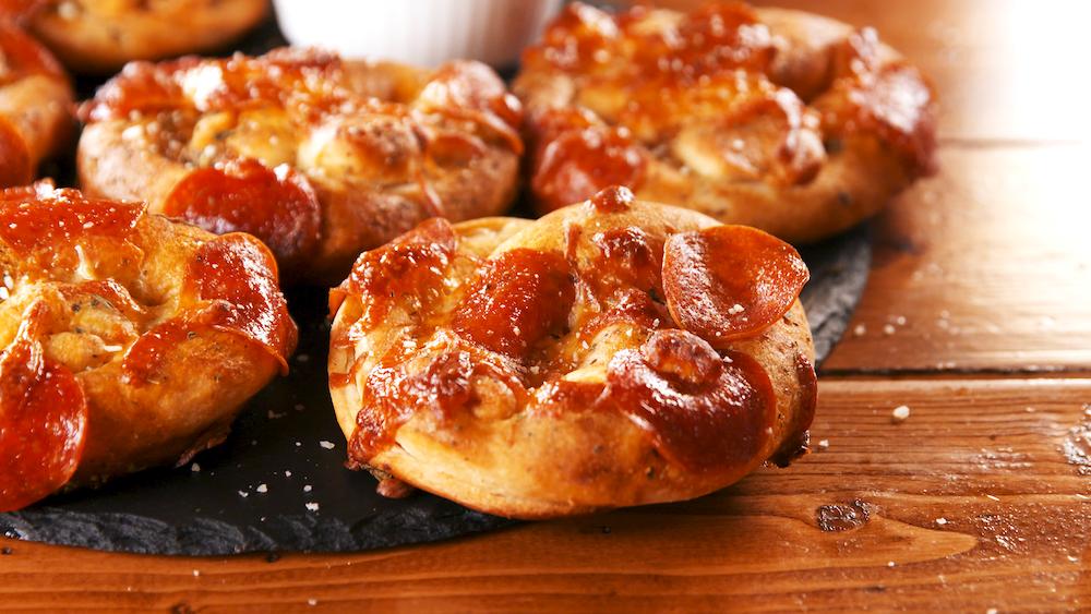 Best Pizza Stuffed Pretzels Recipe How To Make Pizza Stuffed Pretzels