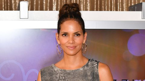 Who Is Halle Berry S Boyfriend Van Hunt 6 Things To Know