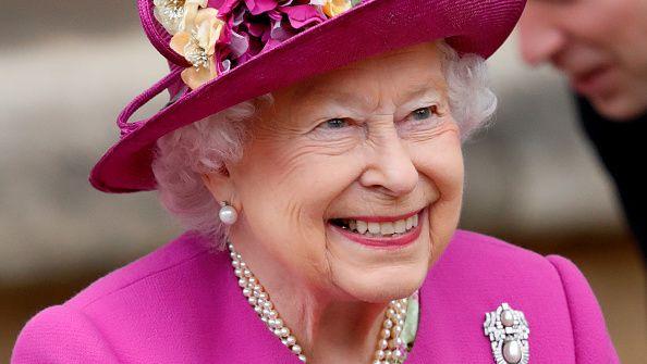 """""""Never give up"""", il messaggio della Regina Elisabetta per non cedere al pessimismo (e ritrovare la carica)"""