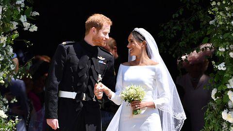 2546190f22ca99 Meghan Markle's Wedding Dress Photos - Details for Meghan's Givenchy Royal Wedding  Dress