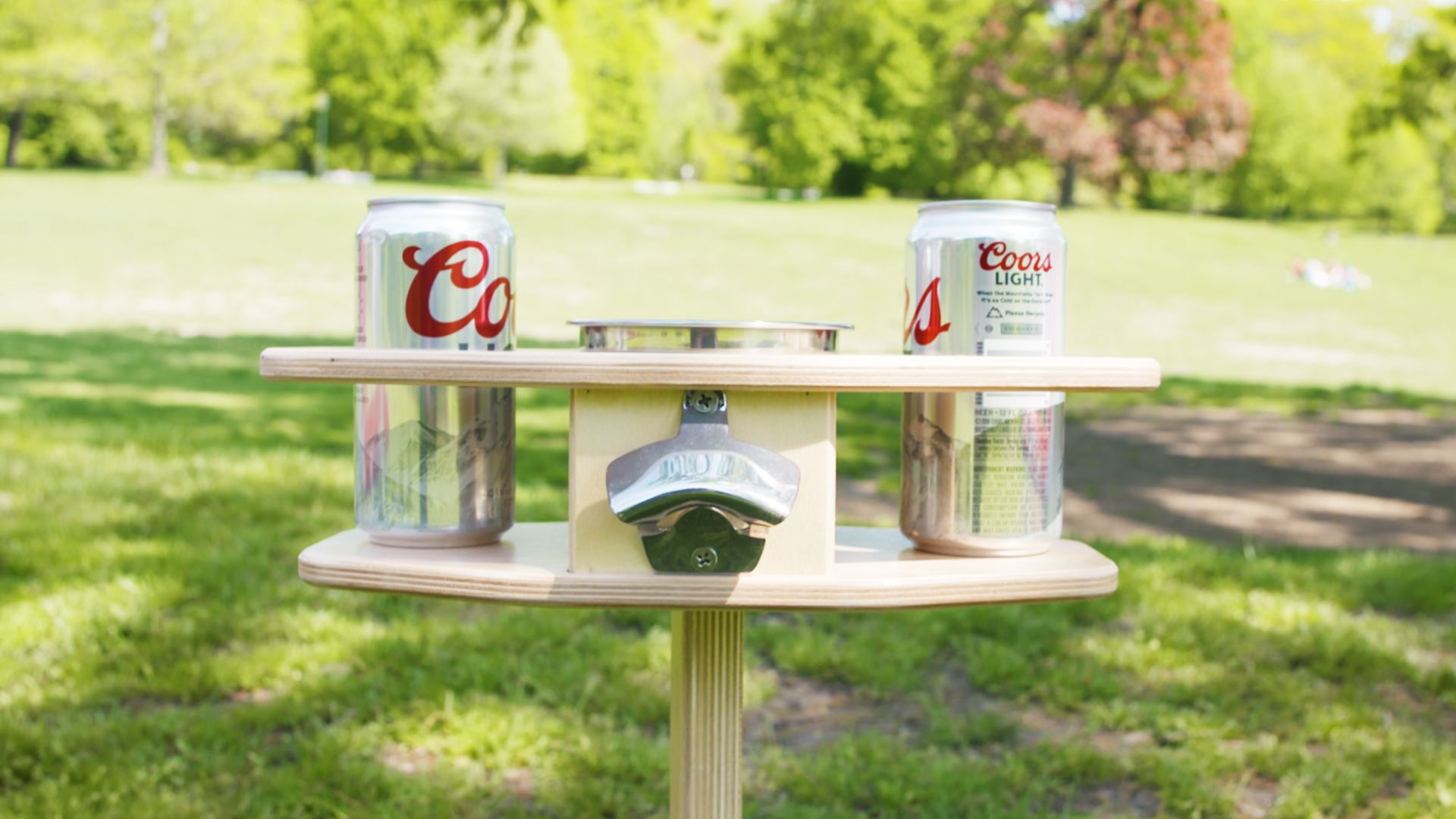 This Outdoor Beer Table Lets You Take The Party Anywhere