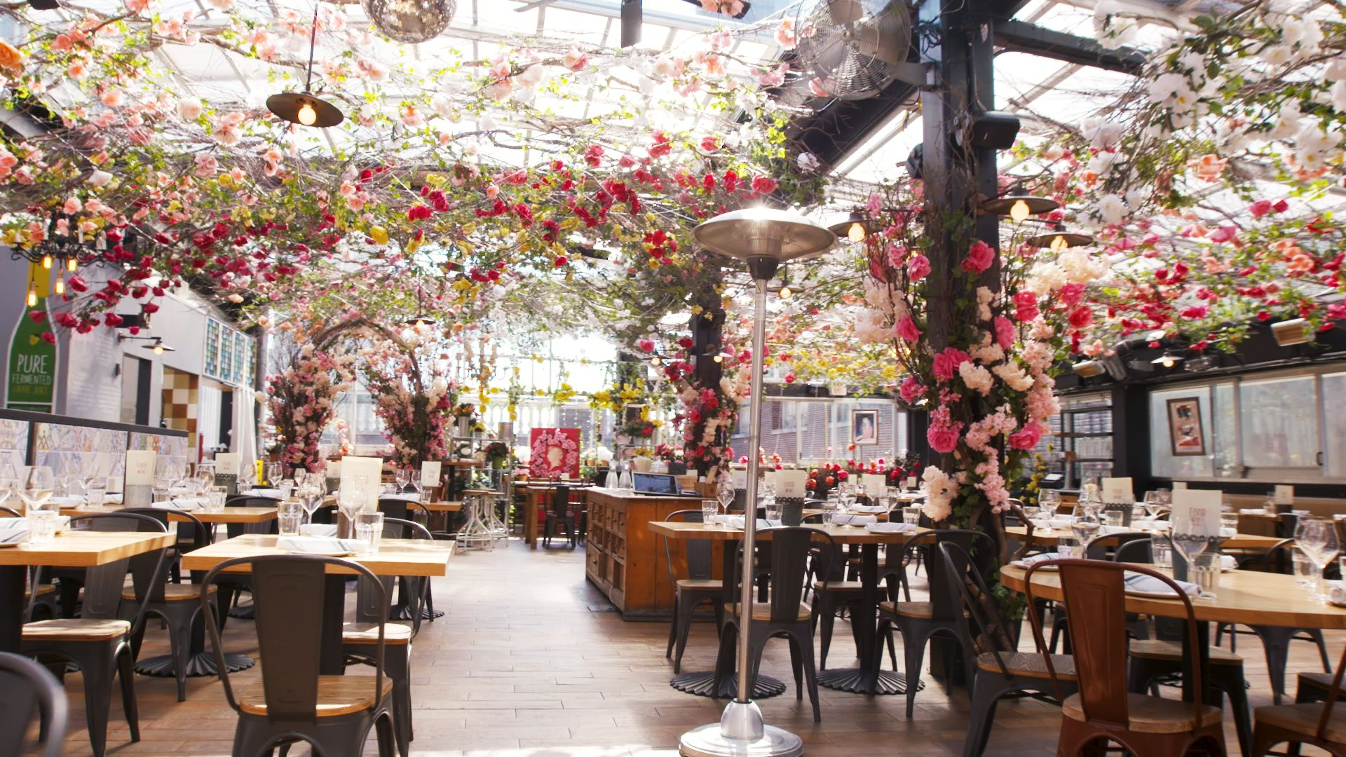 This NYC Rooftop Restaurant Is Covered In Flowers And Ready For Instagram