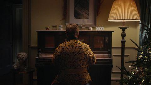 Elton John Christmas Ornament.John Lewis 2018 Christmas Ad Featuring Elton John Draws