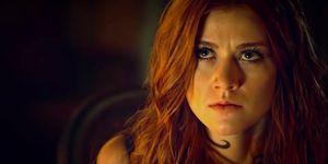 Katherine McNamara as Clary in Shadowhunters 3B