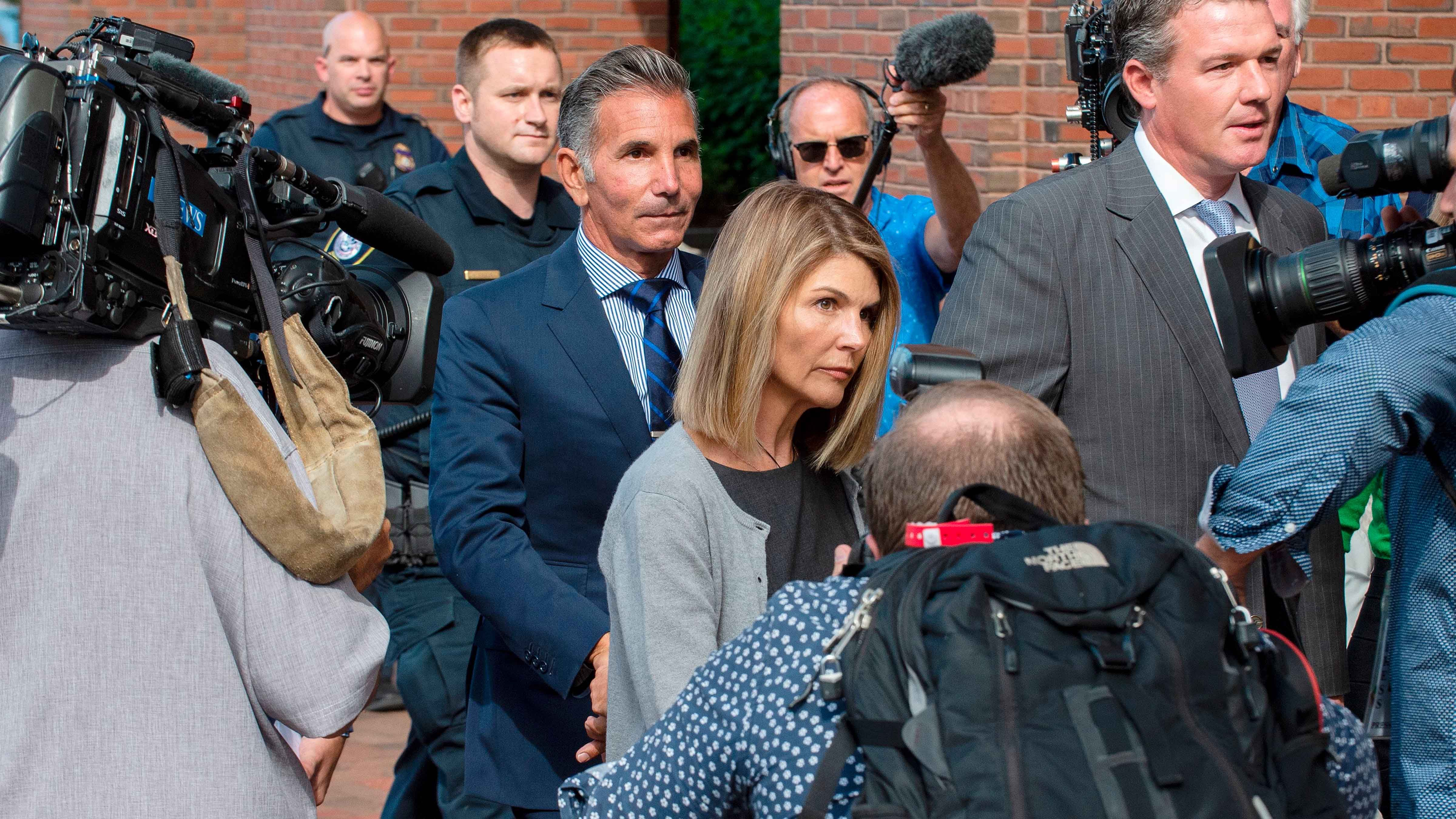 """Lori Loughlin and Mossimo Giannulli Thought Going to Trial Would Be """"Reckless"""" at This Point"""