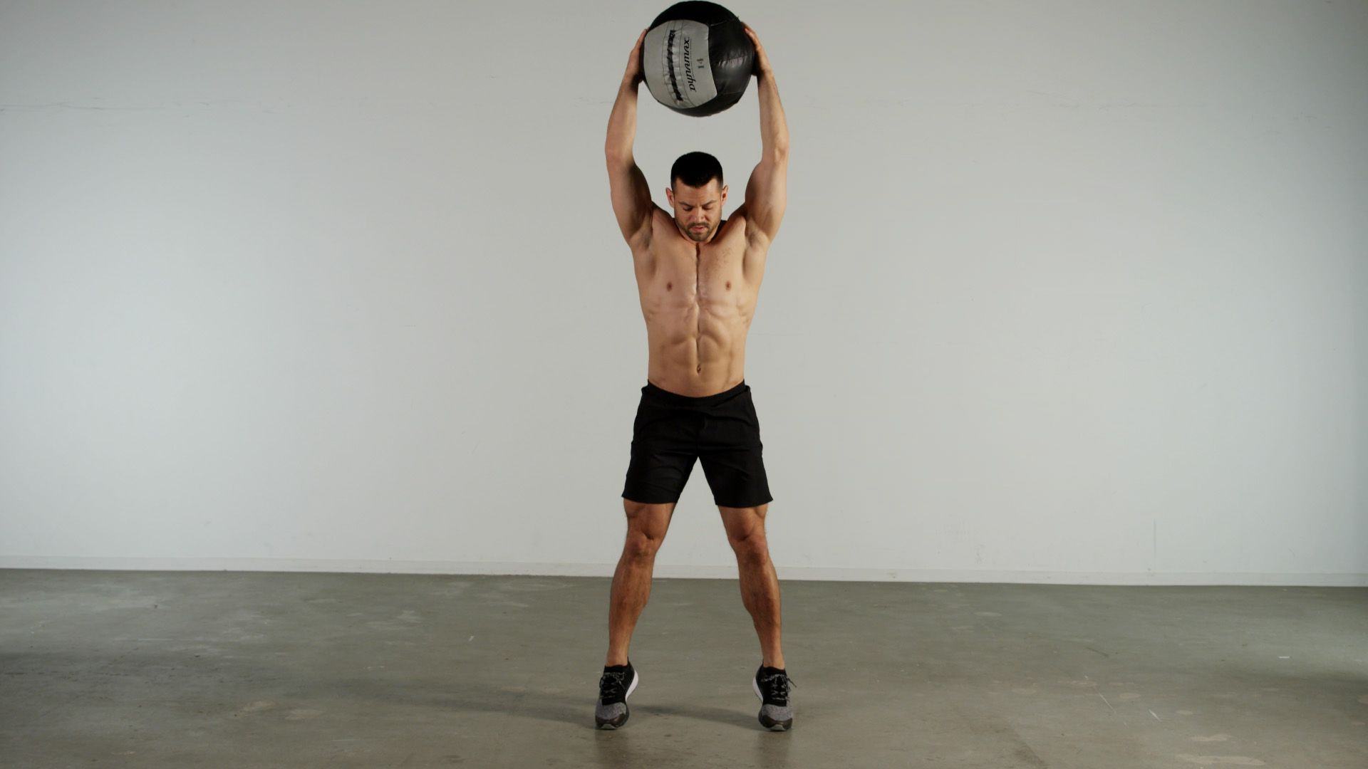 This Challenging Medicine Ball Burner Will Put Your Core to the Test