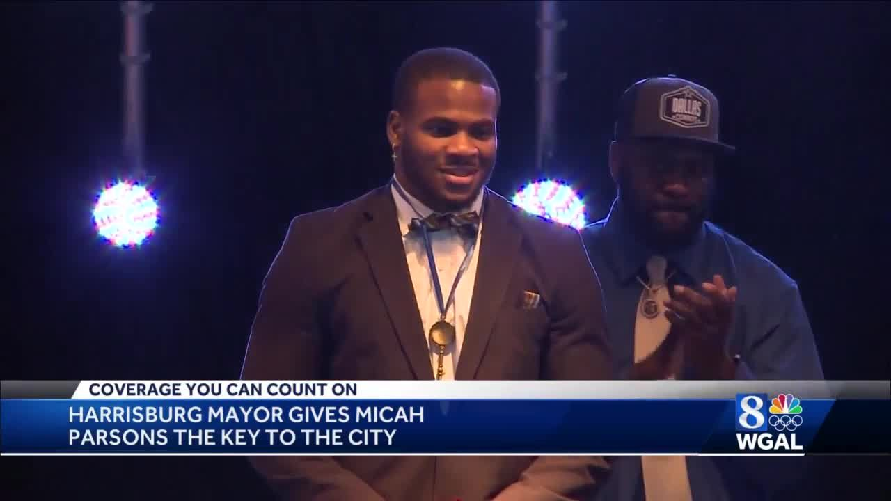 Micah Parsons gets key to city of Harrisburg