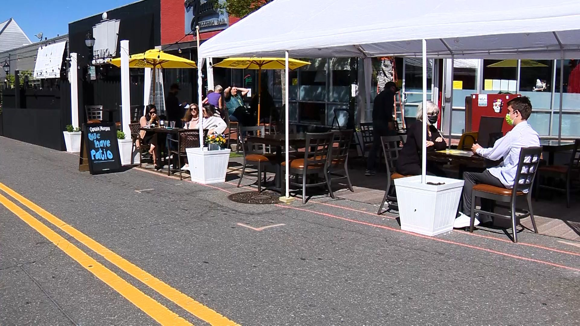 Waltham kicks off new season of outdoor dining on Moody Street