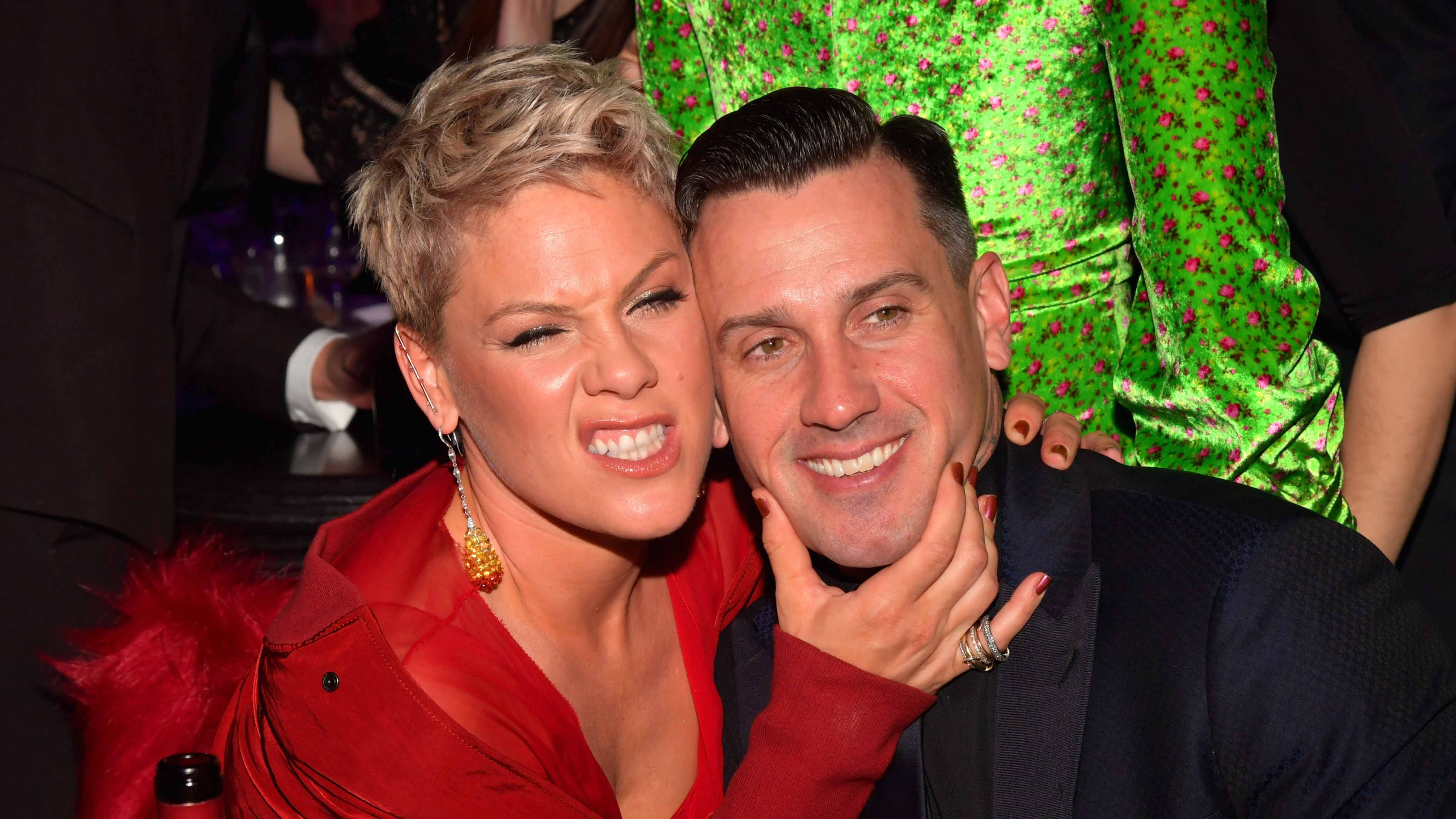 Pink Got Extremely Emotional on 'Ellen' After Talking About Being Mommy-Shamed