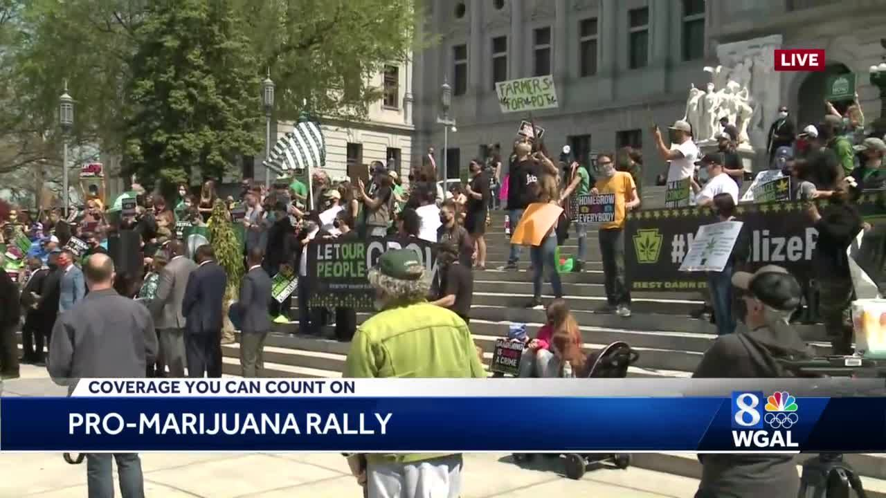 Rally for marijuana legalization held in Harrisburg