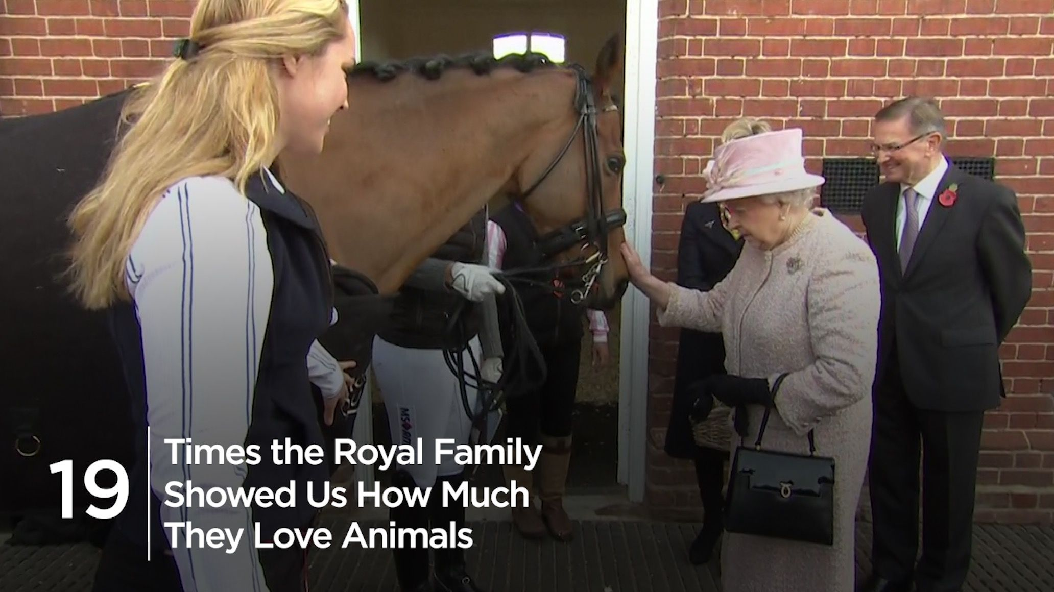 The adorable detail you missed at Kate Middleton and the Queen's joint engagement