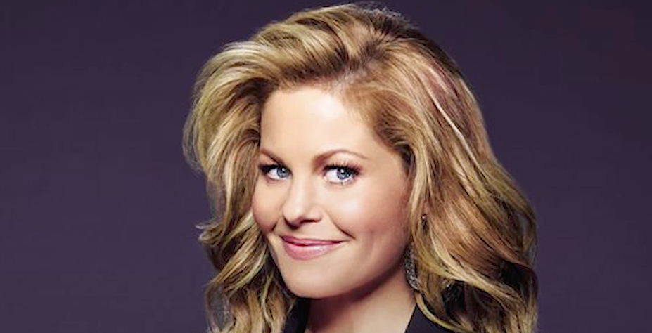 'Fuller House' Star Candace Cameron Bure Gets Emotional at First Reading Sans Lori Loughlin