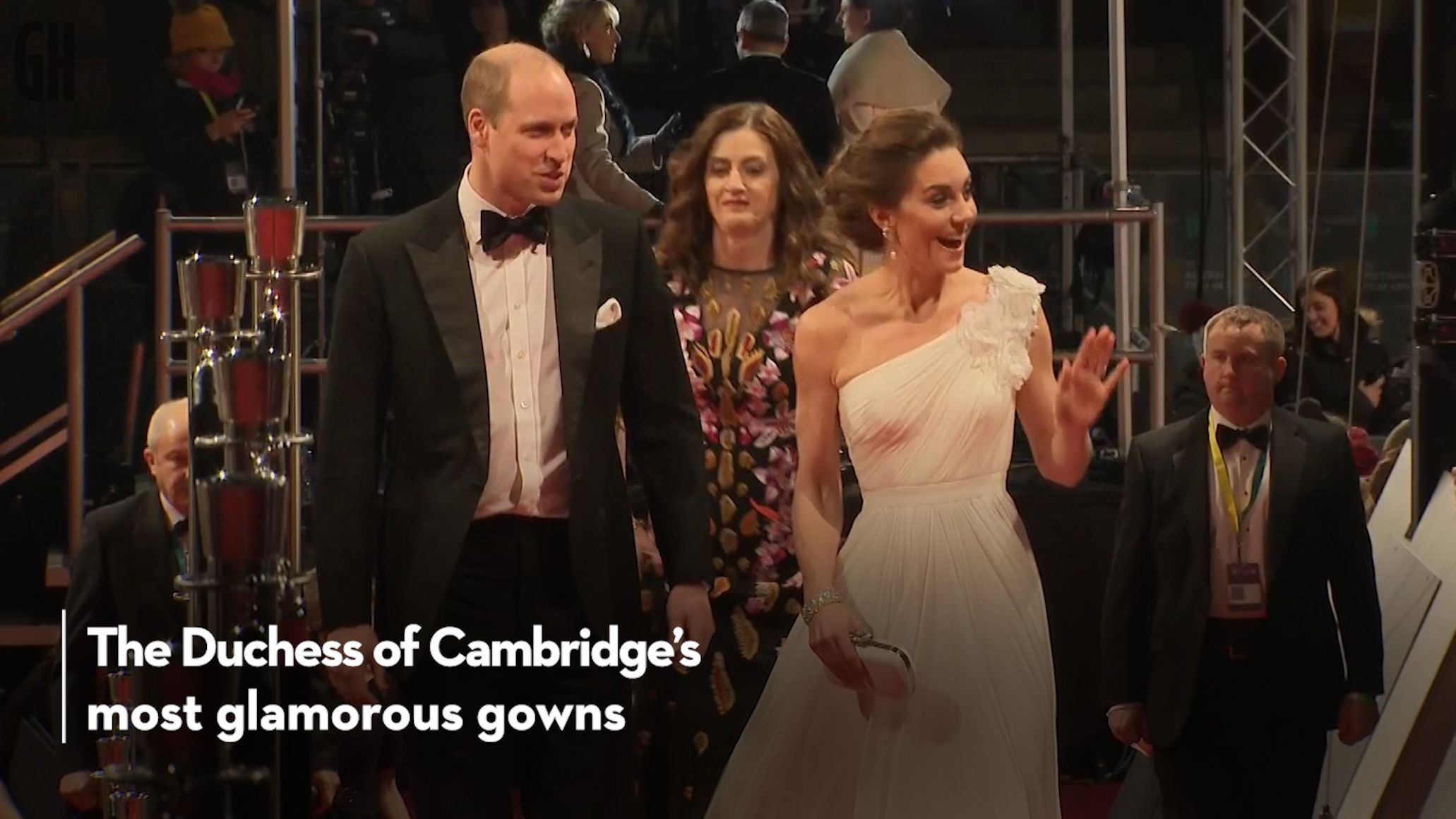 Kate Middleton and the Queen - the royal duo's best matching outfits