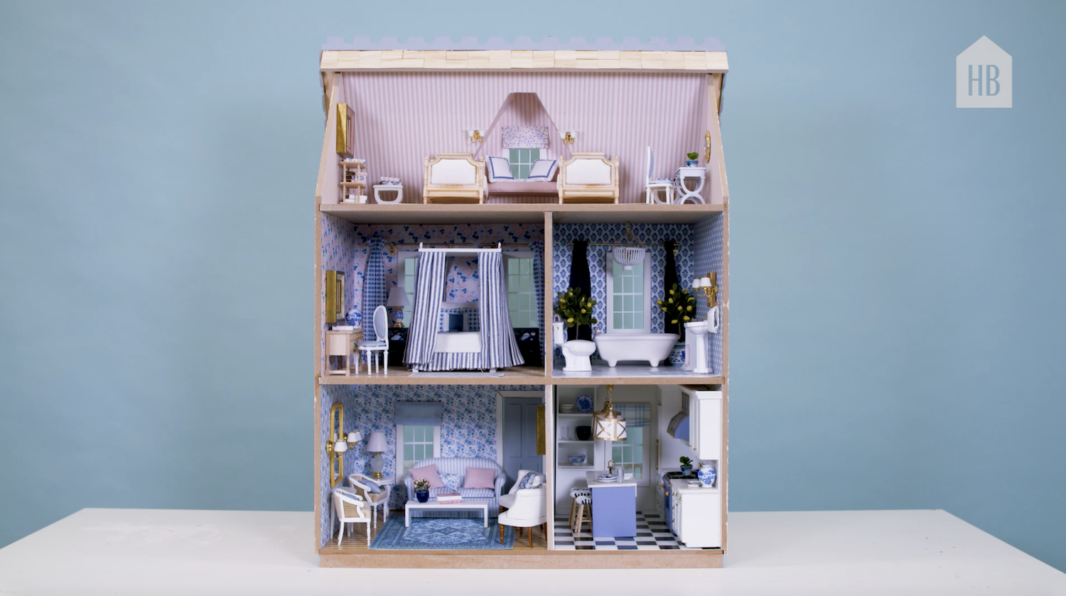 Beautiful Kitchen Table in Blue-Miniature 1:12 Dolls House