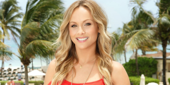 Clare Crawley Admitted to Googling Her 'Bachelorette' Contestants With Zero Shame.jpg
