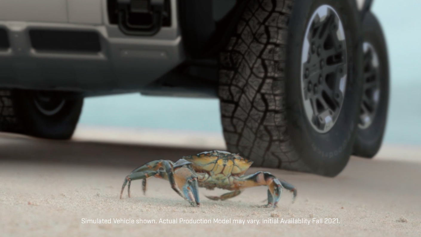 Here's the GMC Hummer EV's Crab Walk in Action in Traffic