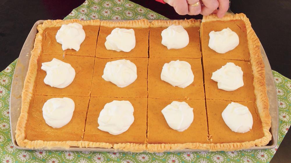 How to Make a Crowd-Pleasing Pumpkin Slab Pie