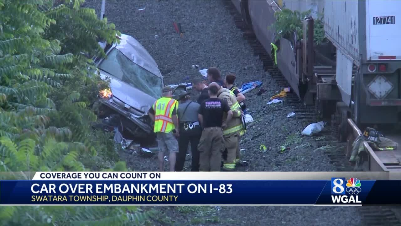 Police investigating I-83 crash