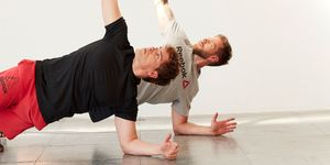 plancha en rotacion - ejercicio abdominales oblicuos
