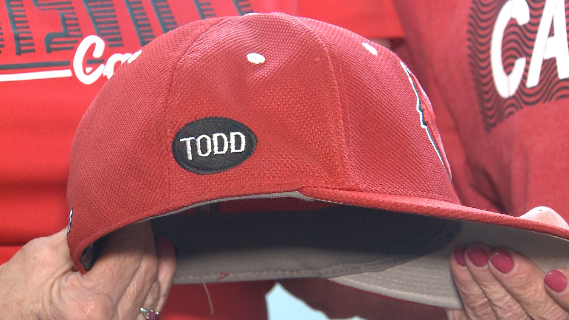 Family Of Late Uofl Baseball Superfan In Omaha Cheering For Cards