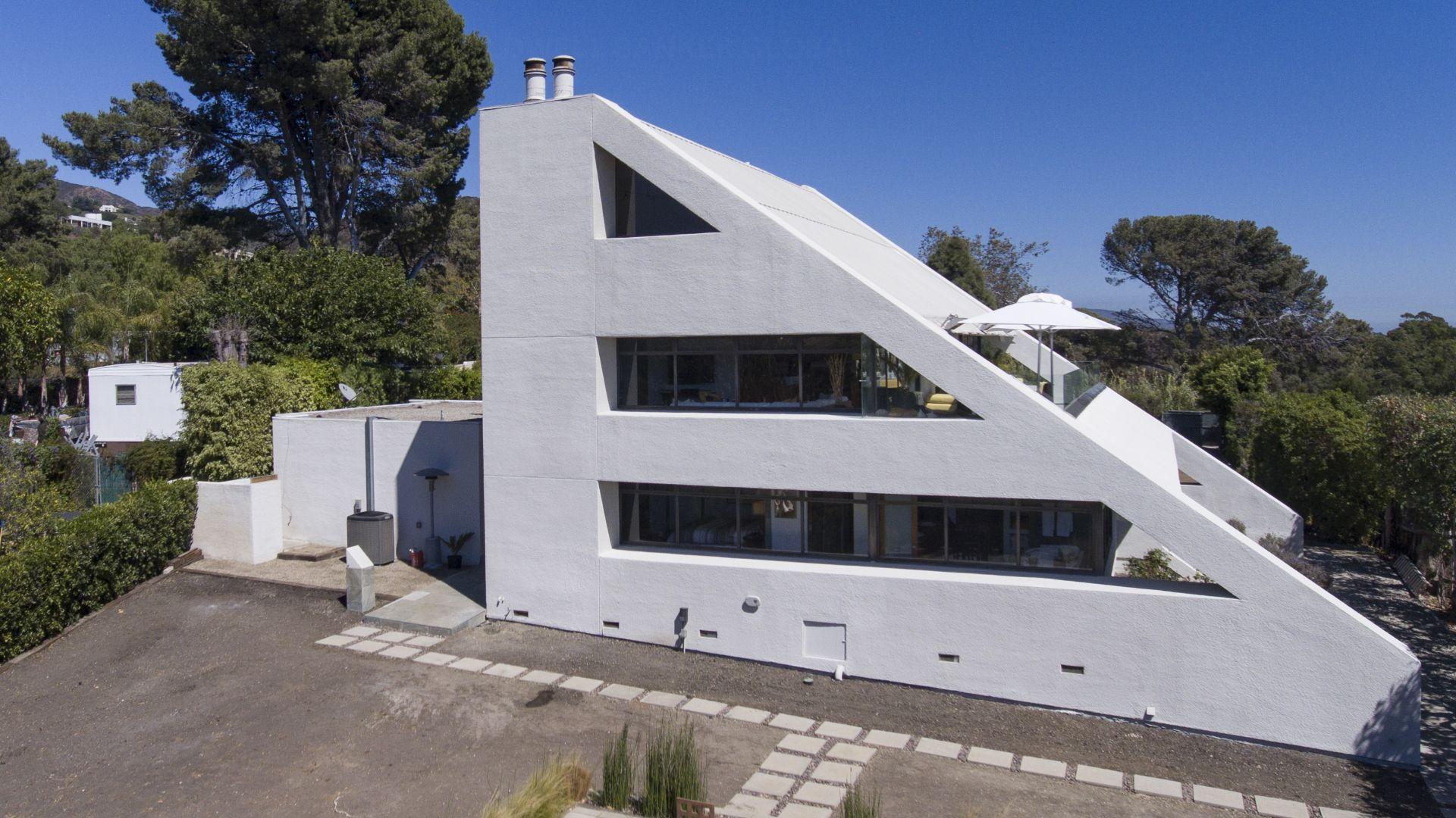 Dream House of the Week Star Trek house