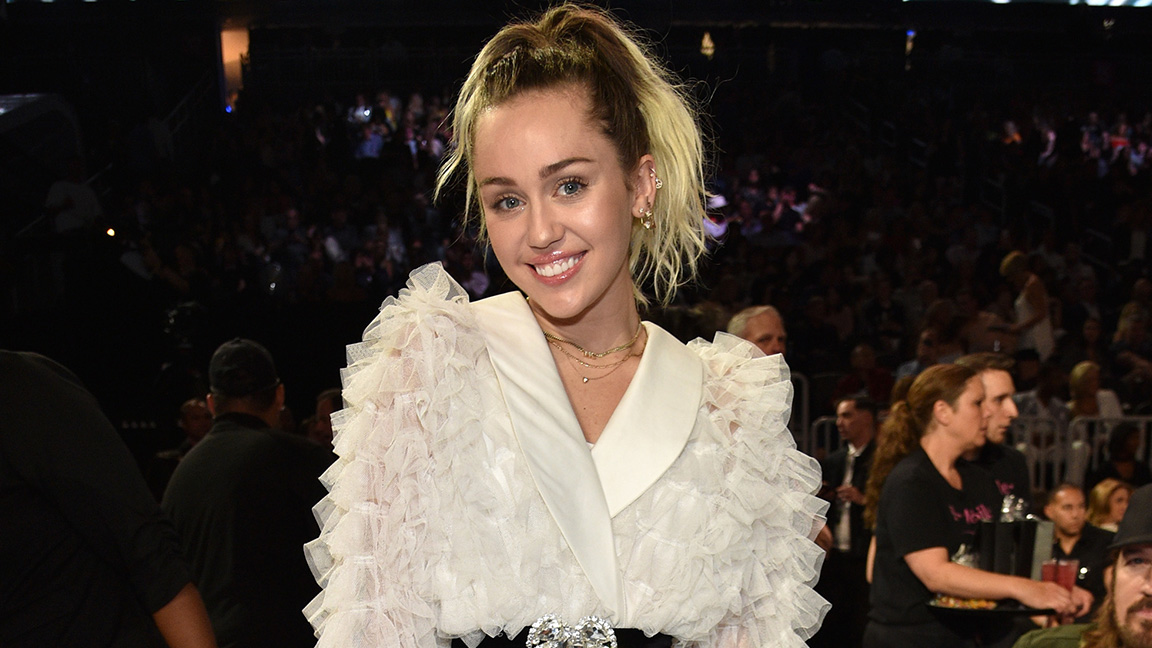 Miley Cyrus Addresses Liam Hemsworth Split for the First Time in an Emotional Instagram