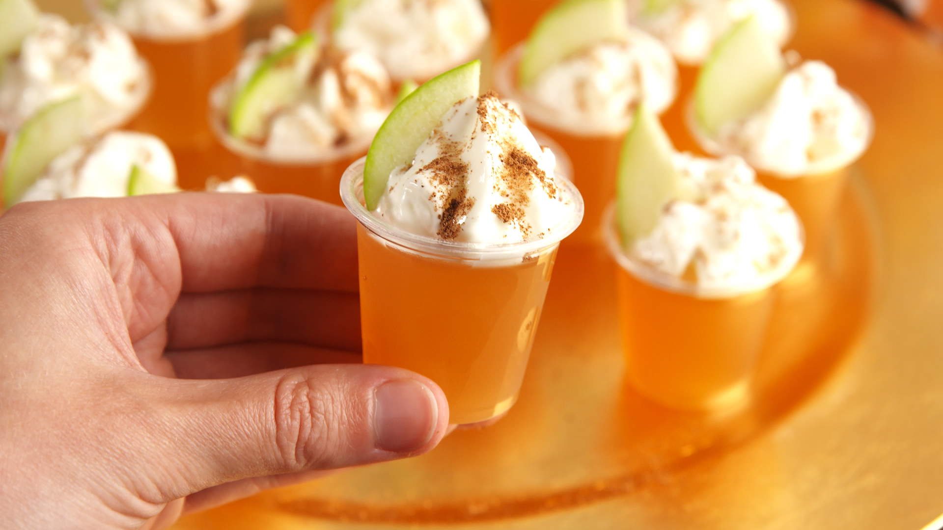 Best Apple Cinnamon Jell O Shots Recipe How To Make Apple Cinnamon