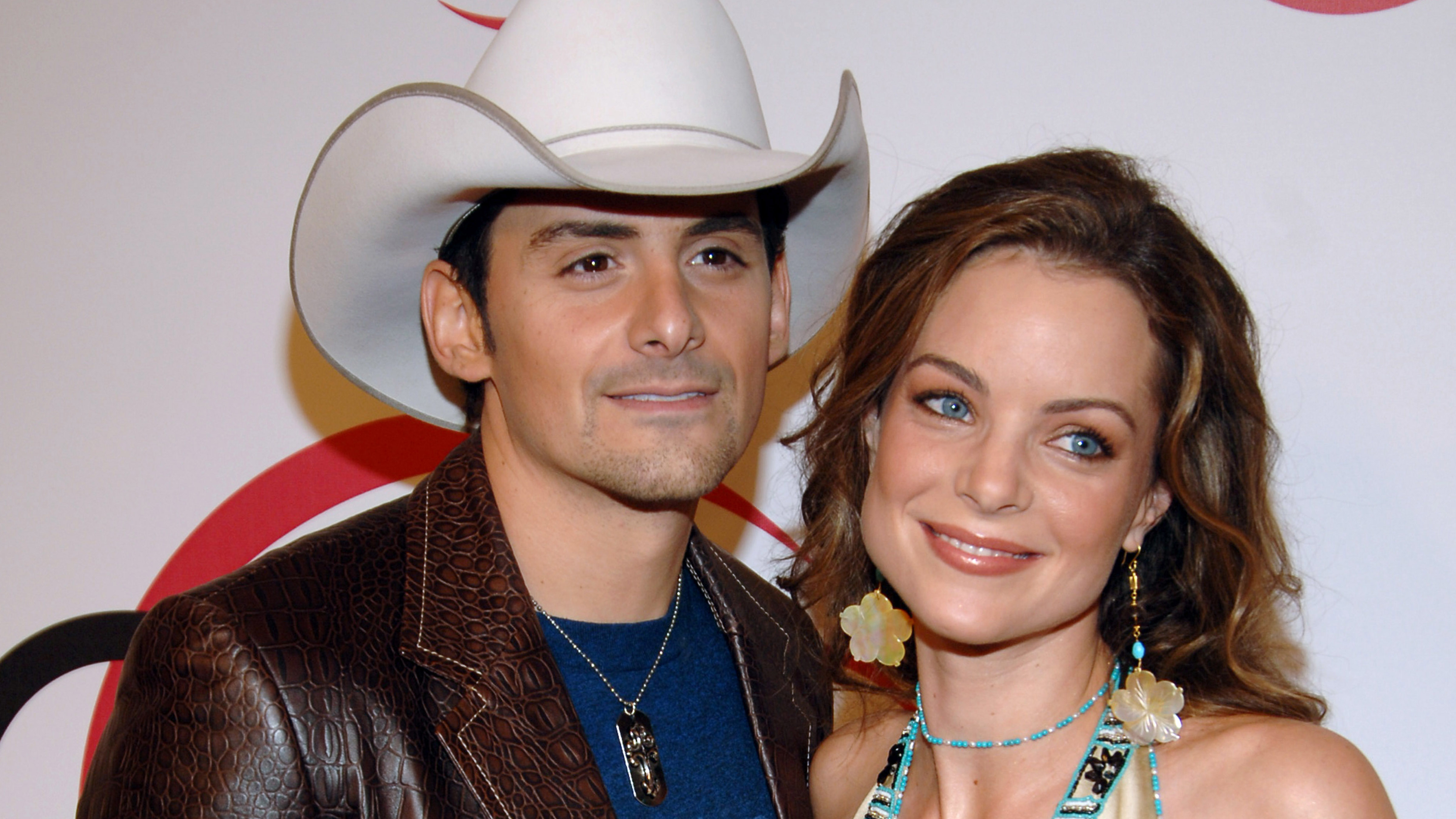 Who Is Brad Paisley's Wife? Kimberly Williams-Paisley And The Country Singer Have An Epic Love Story