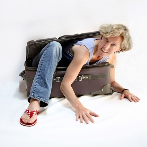 Brown, Shoulder, Denim, Shoe, Human leg, Jeans, Bag, Sitting, Comfort, Elbow,