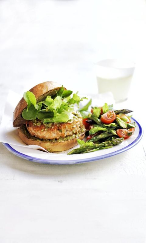 Heart Healthy Recipes - Pesto Salmon Burgers with Asparagus and Tomato Salad