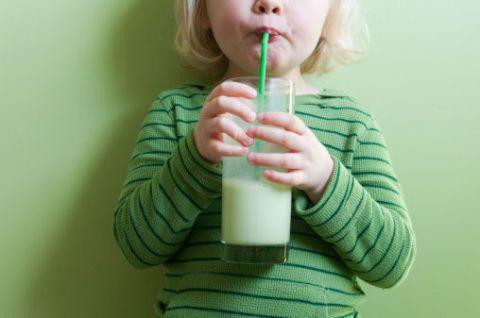Green, Product, Juice, Drink, Organ, Drinking straw, Neck, Health shake, Smoothie, Blond,