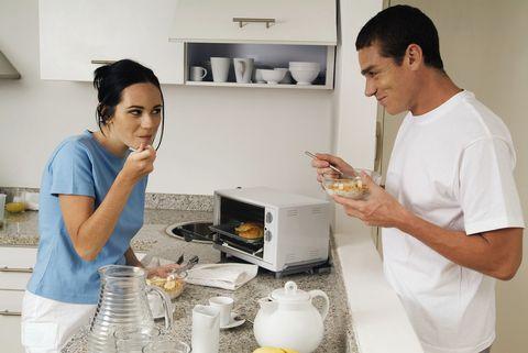 Serveware, Shelf, Dishware, Cooking, Cook, Bowl, Recipe, Kitchen, Kitchen appliance, Shelving,