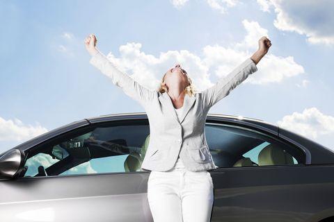 Automotive design, Vehicle, Vehicle door, Cloud, Automotive exterior, Car, Personal luxury car, Luxury vehicle, Mid-size car, Windshield,