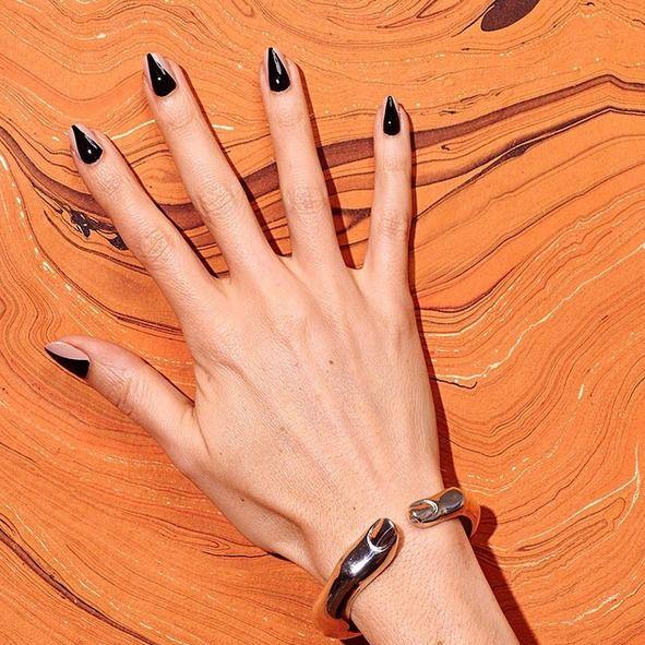 26 Spooktacular Halloween Nail Art Ideas