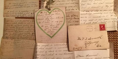 a woman found a stash of 100 year old love letters in the ceiling of her houseand she managed to track down the couple who wrote them