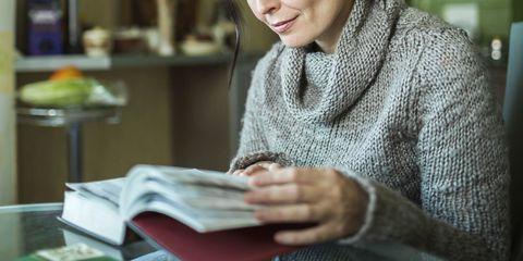 Sitting, Sweater, Street fashion, Publication, Education, Reading, Nail, Learning, Wool, Woolen,
