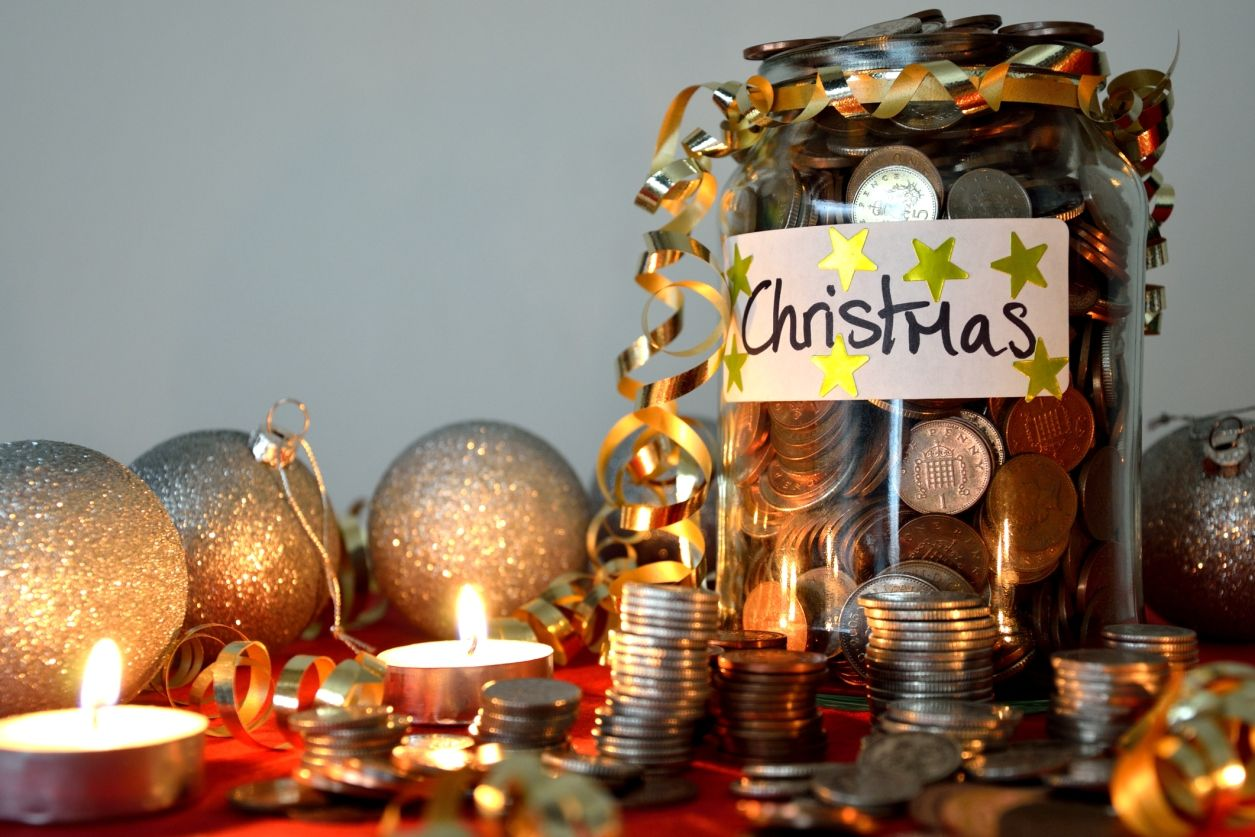 25 Things You Can Do Now to Make Christmas Easier on Your Wallet