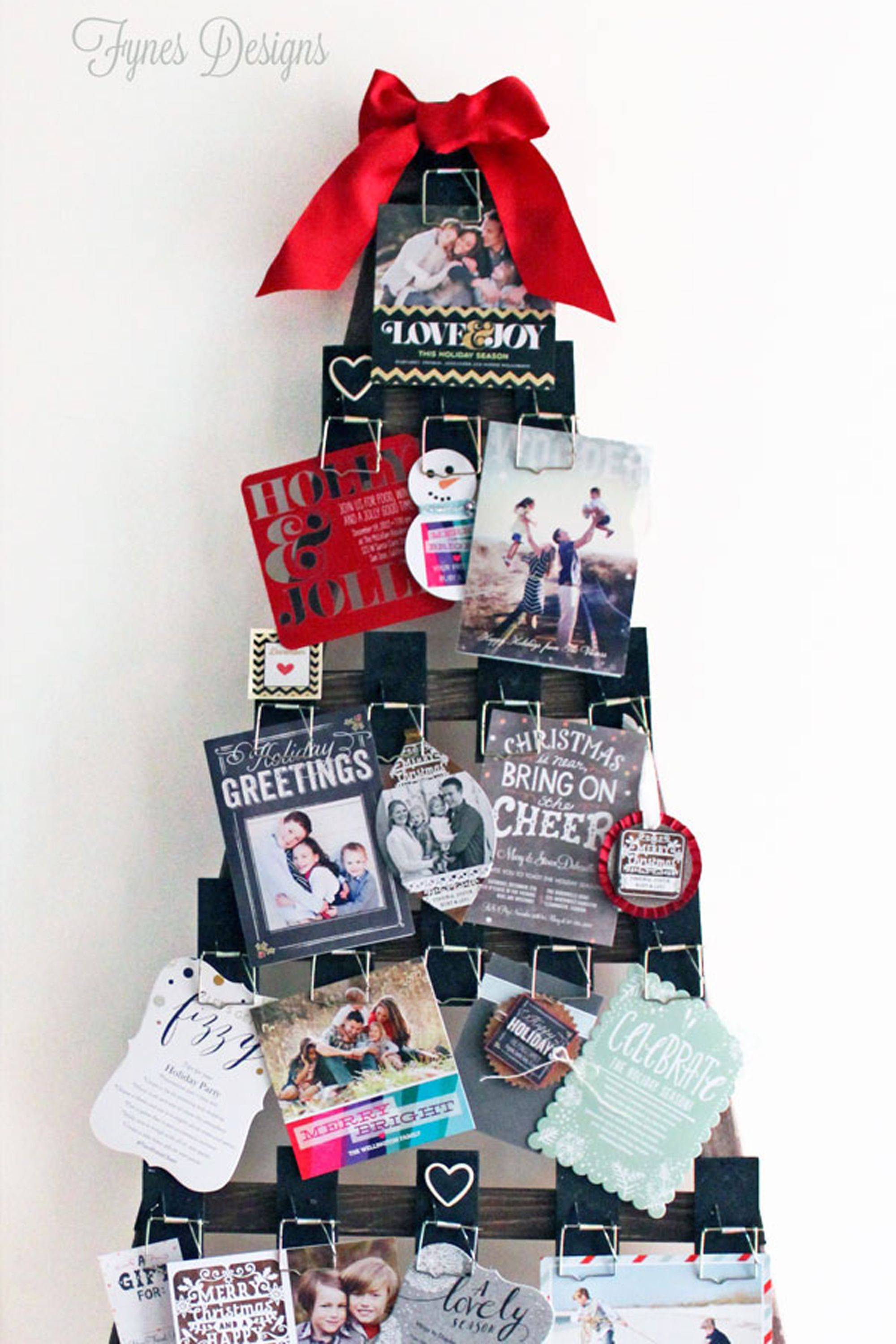 20 DIY Christmas Card Holder Ideas - How to Display Christmas Cards