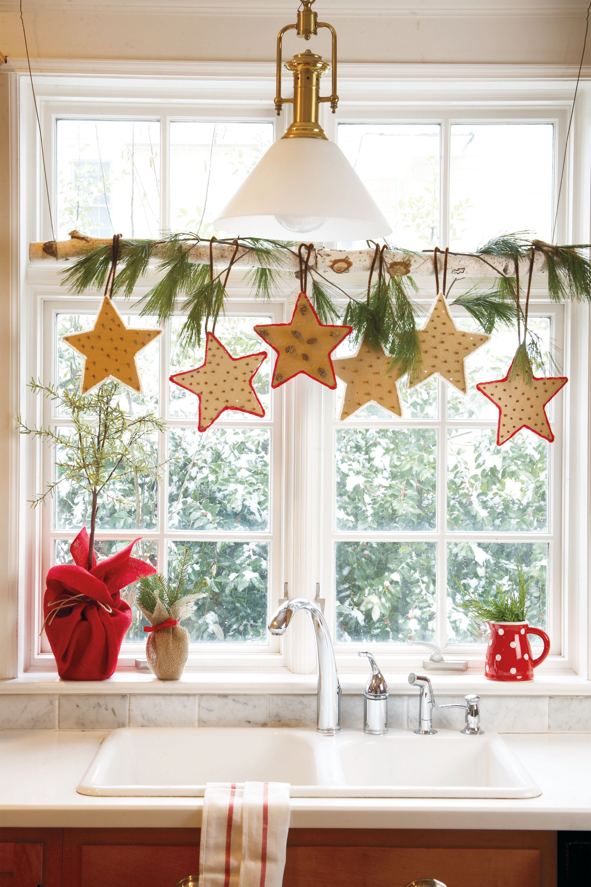 55 easy diy christmas decorations homemade ideas for holidaychristmas decorating ideas air freshener