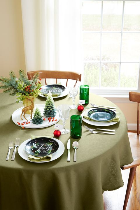 Marvelous 38 Christmas Table Decorations Centerpieces Ideas For Interior Design Ideas Pimpapslepicentreinfo